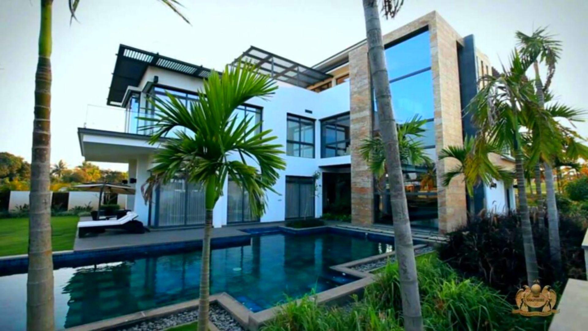 Prestige Golfshire Villas   luxuryproperties.in