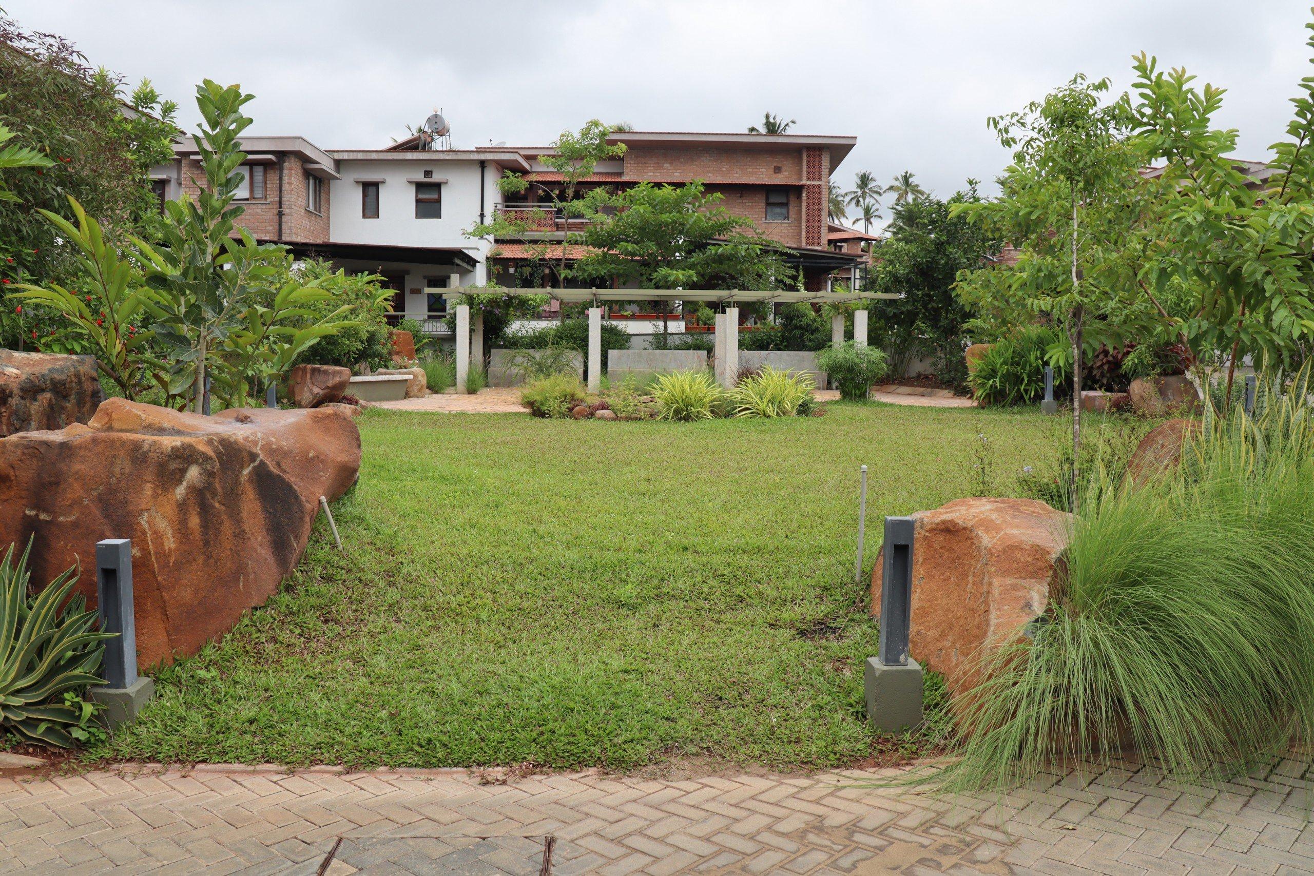 GoodEarth Luxury villa in Bangalore | luxuryproperties.in